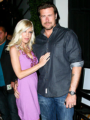 Days after celebrating their third wedding anniversary with a dinner party, Tori Spelling and hubby Dean McDermott keep the festivities going with dinner at West Hollywood hot spot STK on Tuesday.