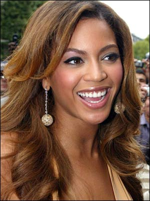 beyonce-knowles-stars-300a101006