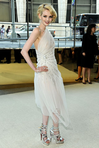 Lydia Hearst, in Marc Bouwer.