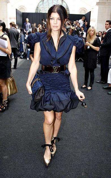 Fabulous Fergie at Paris Fashion Week in this Louis Vuitton dress. And look at that belt!