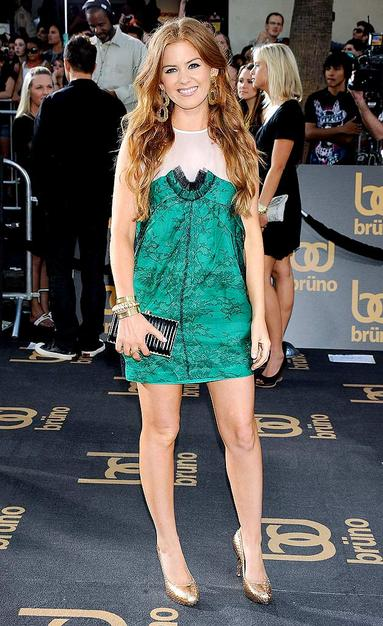 "Isla Fisher at the ""Bruno"" premiere in a cute Stella McCartney dress and python pumps."