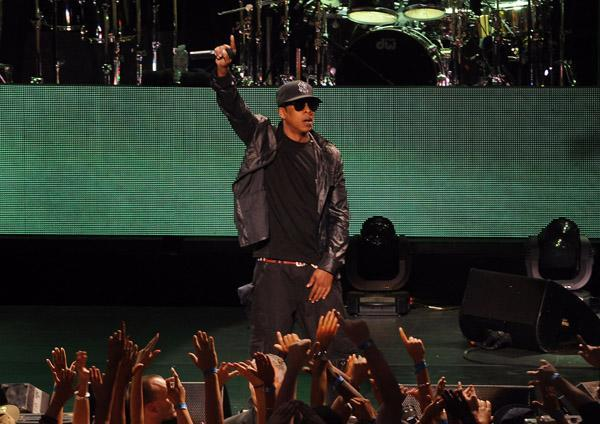 Jay-Z was the real reason so many celebs spent the 4th in Vegas. The rapper rocked the house on both nights.