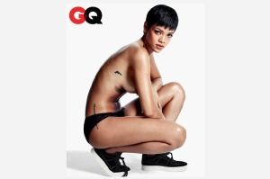 rihanna-gq-magazine-december-2012-photos-1