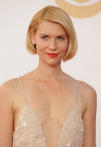 BEST EFFORTLESS LOOK: Claire Danes with natural hues, simple bob and beautiful dress.