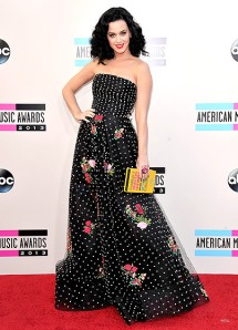 BEST DRESSED! We almost mis-took Katy Perry for Dita von Teese! Katy looks absolutely amazing!