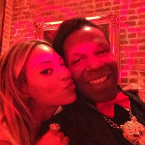 On Friday, Beyonce, Solange and Kelly Roland went to see the Queen Diva of New Orleans bounce, Big Freedia's show at NOLA. He was then invited to the bday party. That lucky duck!